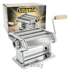 Imperia Titania pasta machine in chromed steel to roll the dough
