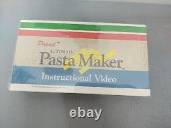 Popeil Automatic Pasta Maker Machine P400 Accessories Dyes Excellent Condition