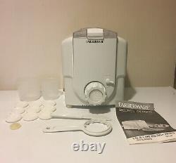 VTG Farberware Automatic Electric Pasta Pro Noodle Maker Machine Model FPM100